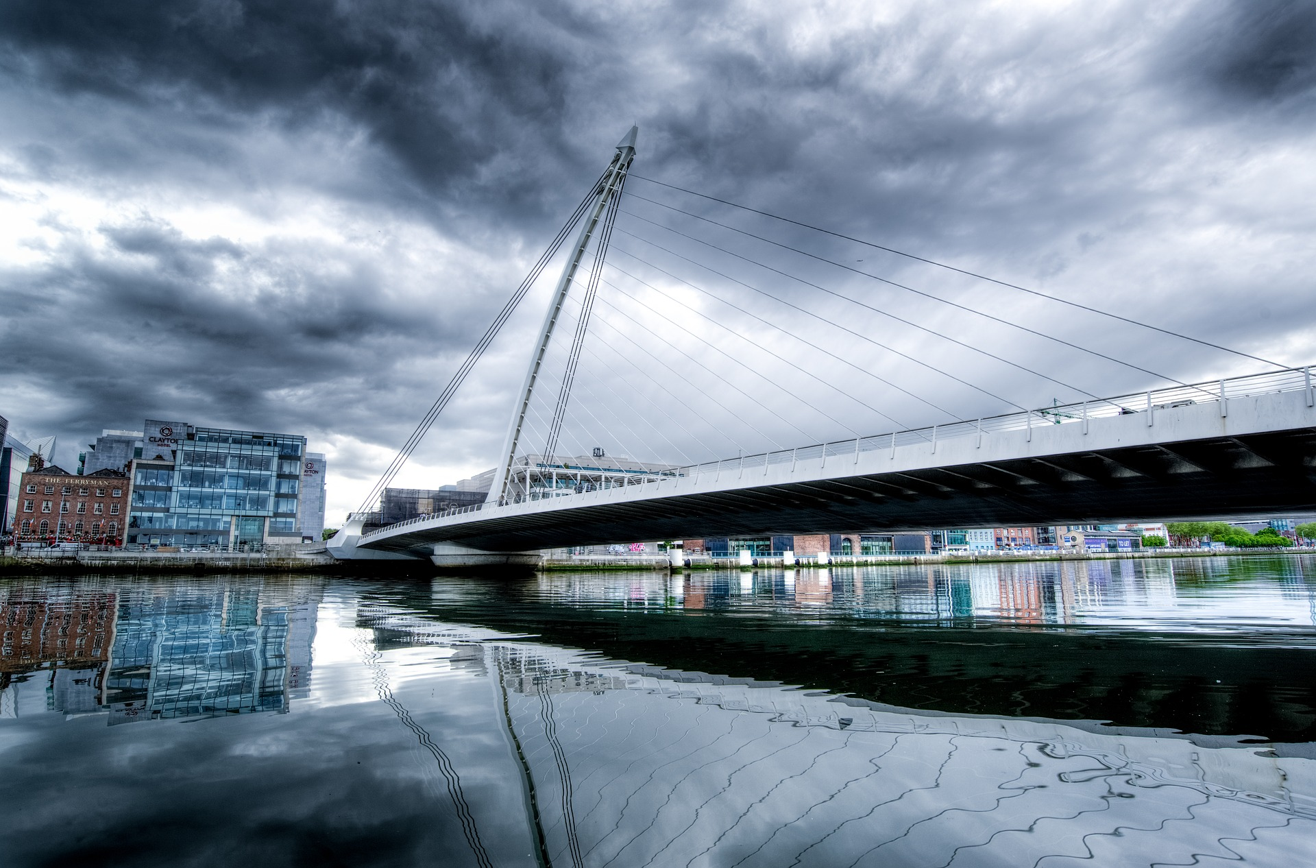 samuel-beckett-bridge Investor relations and due diligence